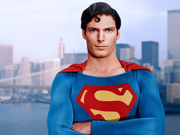 شبكة «The CW» تنتج مسلسلا جديدا لشخصية «Superman»