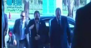الرئيس السيسي يصل مقر انعقاد جلسات منتدى شباب العالم بشرم الشيخ