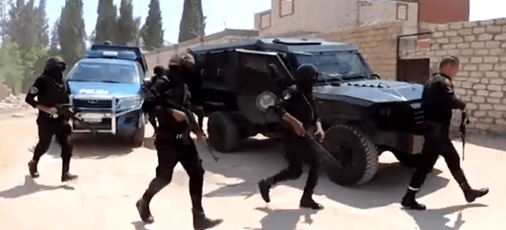 بالفيديو ..الأمن العام يداهم البؤر الإجرامية لتجارة المخدرات والأسلحة