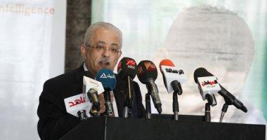 طارق شوقى: إطلاق أول دفعة من التابلت خلال أسبوع وهنعمل وقف لتحسين التعليم