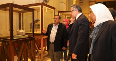 وزير الآثار يتفقد المتحف المصرى بالتحرير للاحتفال بـ116 عاما على افتتاحه