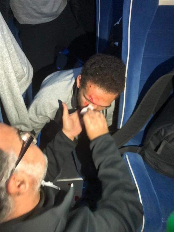 هجوم من جماهير الترجي على حافلة الاهلي .. وإصابات بين اللاعبين