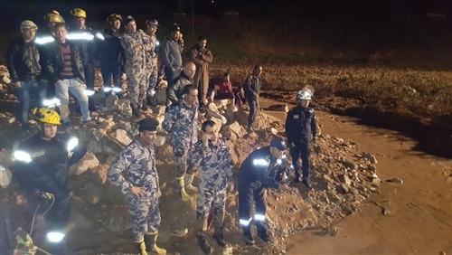 وفاة غطاس وفتح مساجد الأردن لمواجهة السيول