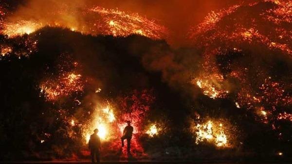 فرق الإنقاذ تبحث عن ألف مفقود في أسوأ حريق غابات بـ كاليفورنيا