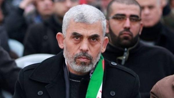 إسرائيل تهدد باحتلال غزة واغتيال قائد حماس