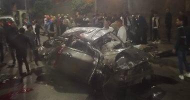 توقف حركة المرور لتصادم 3 سيارات أعلى كوبرى أكتوبر اتجاه مدينة نصر