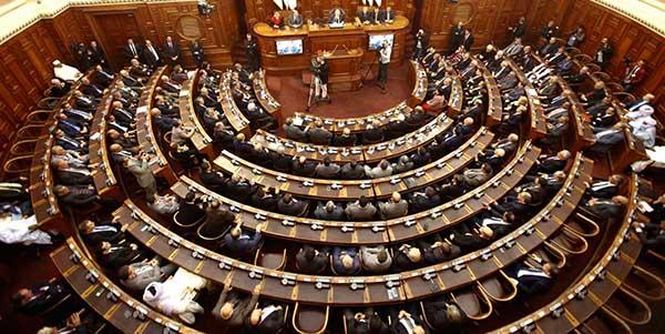 البرلمان البريطاني: لا خروج من الاتحاد الأوروبي دون اتفاق