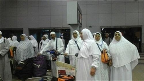 1163 معتمرا يغادرون مطار القاهرة متوجهين إلى السعودية