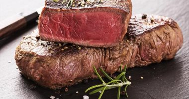 اكتشاف مادة فى المعدة تتحد مع اللحوم الحمراء وترفع خطر الإصابة بأمراض القلب