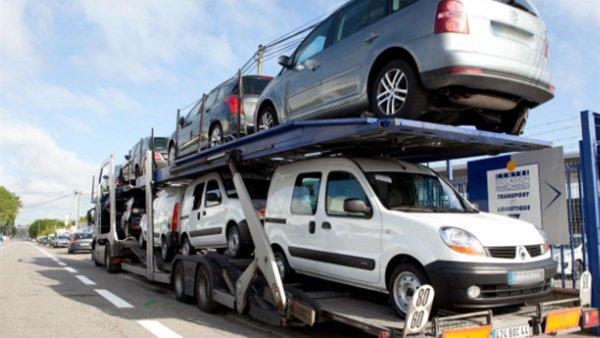 رئيس مصلحة الجمارك يطمئن المصريين بشأن أسعار السيارات في 2019