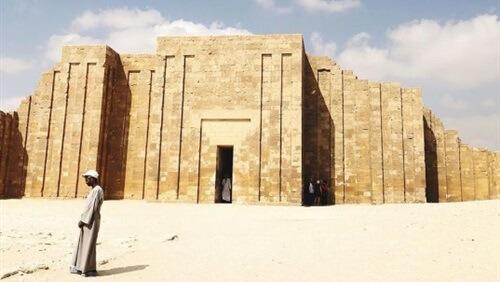 «فوربس» تدعو السائحين لزيارة مصر في 2019