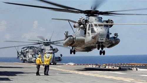 أمريكا ترسل سفنا حربية وفرقة مارينز تجاه سوريا للمساعدة في سحب قواتها