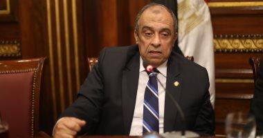 وزير الزراعة يتفقد مشروع استزراع الـ20 ألف فدان بالمنيا اليوم