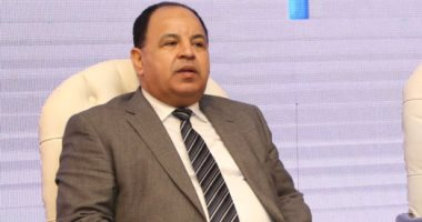 وزير المالية مع المستخلصين الجمركيين: «النافذة الواحدة» تخضع للتطوير المستمر