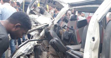 إصابة 8 طلاب بالمعهد العالى للهندسة إثر انقلاب سيارة بالمنيا