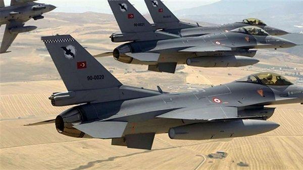 مقاتلات تركية تشن غارات على أهداف داخل الحدود العراقية