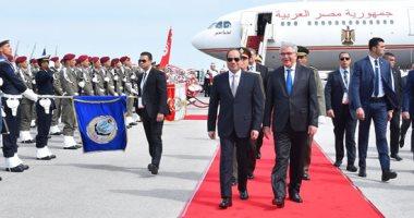 صور.. لحظة وصول الرئيس السيسى إلى تونس للمشاركة فى القمة العربية