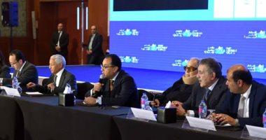 رئيس الوزراء يلتقى رؤساء اتحاد الغرف التجارية بـ 76 دولة