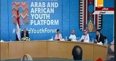 الرئيس السيسي يحذر من خطورة الإرهاب والفساد والصراعات على استقرار الدول