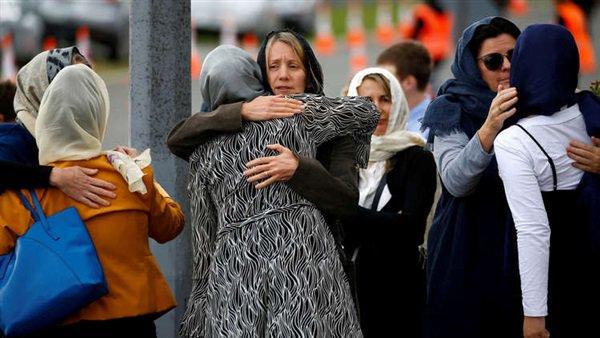 نساء نيوزيلندا يرتدين الحجاب تضامنا مع المسلمات بعد الحادث الإرهابي