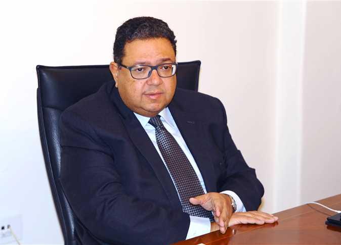 """مقال  لنائب رئيس مجلس الوزراء الأسبق """" زياد بهاء الدين """" بعنوان وزير جديد للنقل.. أم سياسة جديدة؟"""