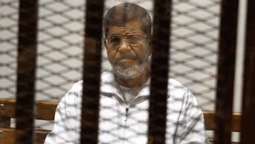 تأجيل محاكمة محمد مرسي و27 آخرين في اقتحام الحدود الشرقية لـ 24 مارس