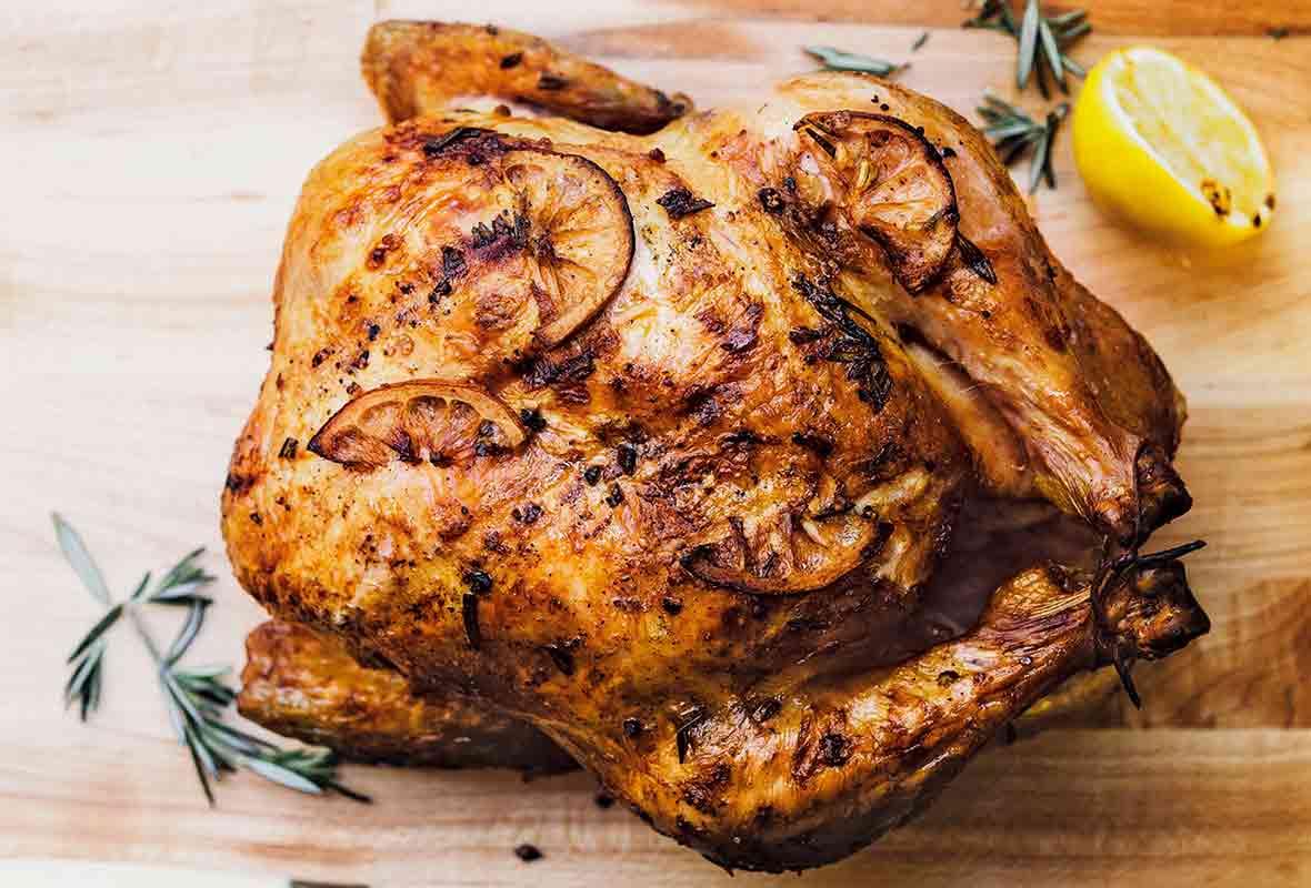 دجاج مشوي في خلطة استثنائية