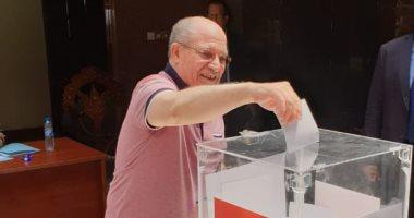 عمليات الهجرة تواصل عملها لليوم الثالث لمتابعة استفتاء المصريين بالخارج