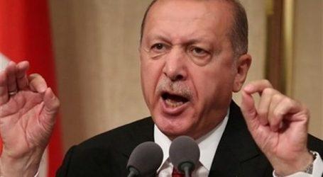 تركيا تحتجز 137 عسكريا من الجيش وتطارد 26 آخرين