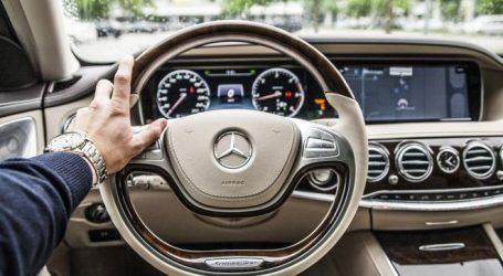 تجنبك الحوادث.. الطرق الصحيحة للإمساك بعجلة القيادة