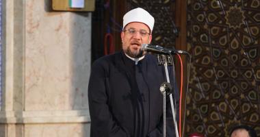 وزير الأوقاف يلغى تصريح خطابة أستاذ الأزهر صاحب واقعة قلع البنطلون