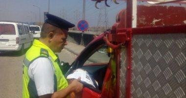 ضبط 27 سائق يتعاطى المواد المخدرة أثناء القيادة بالطرق السريعة
