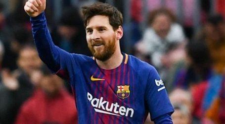 ميسي يحرز الهدف الثالث لبرشلونة في مرمى ليفربول