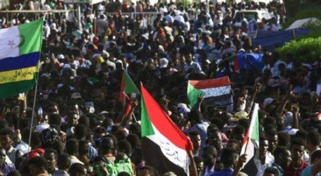 تظاهرات مليونية بالسودان لتسليم السلطة إلى مجلس مدني