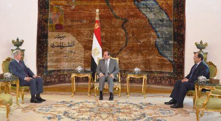 السيسي يؤكد دعم مصر لجهود مكافحة الإرهاب لتحقيق الأمن في ليبيا