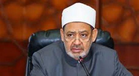 شيخ الأزهر لرئيس الإنجيلية: تلاحم المصريين في الأعياد نموذج للتعايش