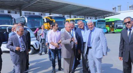 """وزير النقل يتفقد مصنع """"mcv"""" ممثل مرسيدس العالمية في مصر"""