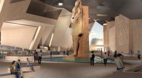 مصطفى مدبولى يزور المتحف المصرى الكبير ومركب خوفو