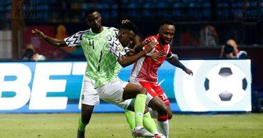 أمم أفريقيا 2019.. لاعبو نيجيريا يرفضون خوض المران قبل مواجهة غينيا