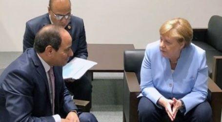 السيسي لميركل: نتطلع لمضاعفة حجم الاستثمارات الألمانية في مصر