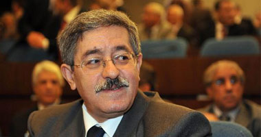 حبس رئيس الحكومة الجزائرى السابق أحمد أويحيى بتهمة الفساد