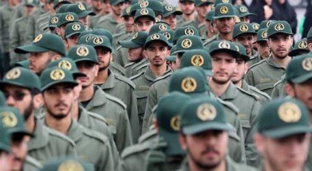 الحرس الثوري الإيراني يهدد بتدمير السفن الحربية الأمريكية في الخليج