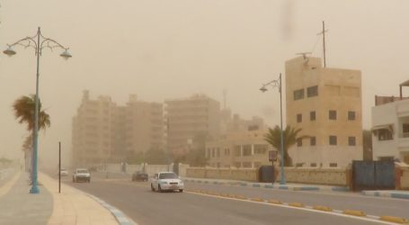 عاصفة ترابية وتقلبات جوية تضرب محافظة مطروح