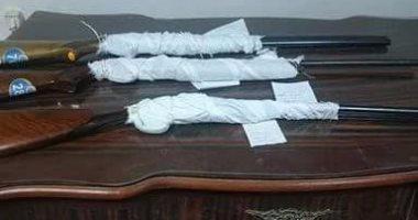 أمن المنيا يضبط 20 قطعة سلاح نارى وينفذ 1750 حكمًا خلال حملة مكبرة