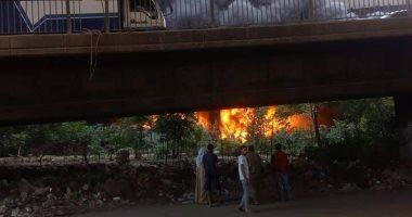 السيطرة على حريق داخل مخزن فى السلام دون إصابات