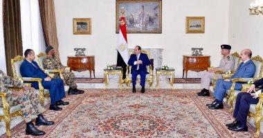 السيسى يستقبل رئيس أركان السودان ويهنئ الشعب السودانى بالاتفاق السياسى
