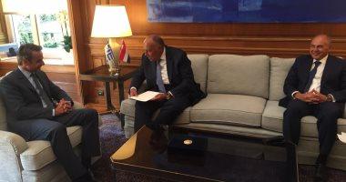 سامح شكرى يلتقى رئيس الوزراء اليونانى.. ويسلمه رسالة من الرئيس السيسى
