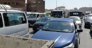 النشرة المرورية.. كثافات متوسطة بمحاور القاهرة والجيزة