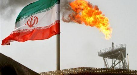 """الحرس الثوري الإيراني يكشف سلاحا جديدا بقدرات خارقة يشبه الـ""""درونز"""" الأمريكية"""