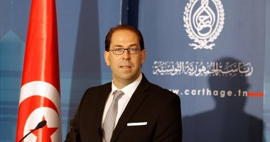 رئيس الوزراء التونسى يوسف الشاهد يتقدم بأوراق ترشحه لانتخابات الرئاسة